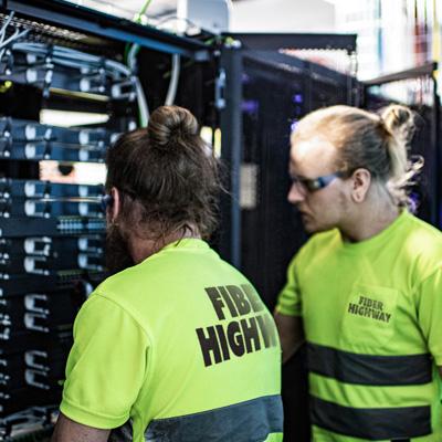 Fiber-Highway-Oy---tietoliikenneasentajat